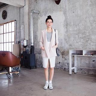 Buy 'chuu – Slit-Front Skirt' with Free International Shipping at YesStyle.com. Browse and shop for thousands of Asian fashion items from South Korea and more!