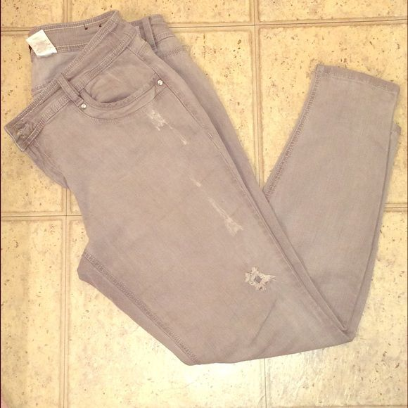 Women's gray jeans Wore a few times. Very comfortable! Great condition! Baby Phat Jeans Skinny
