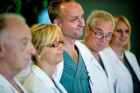 Doctors claim first mom-daughter uterus transplant (Photo: Adam Ihse  /  AP)