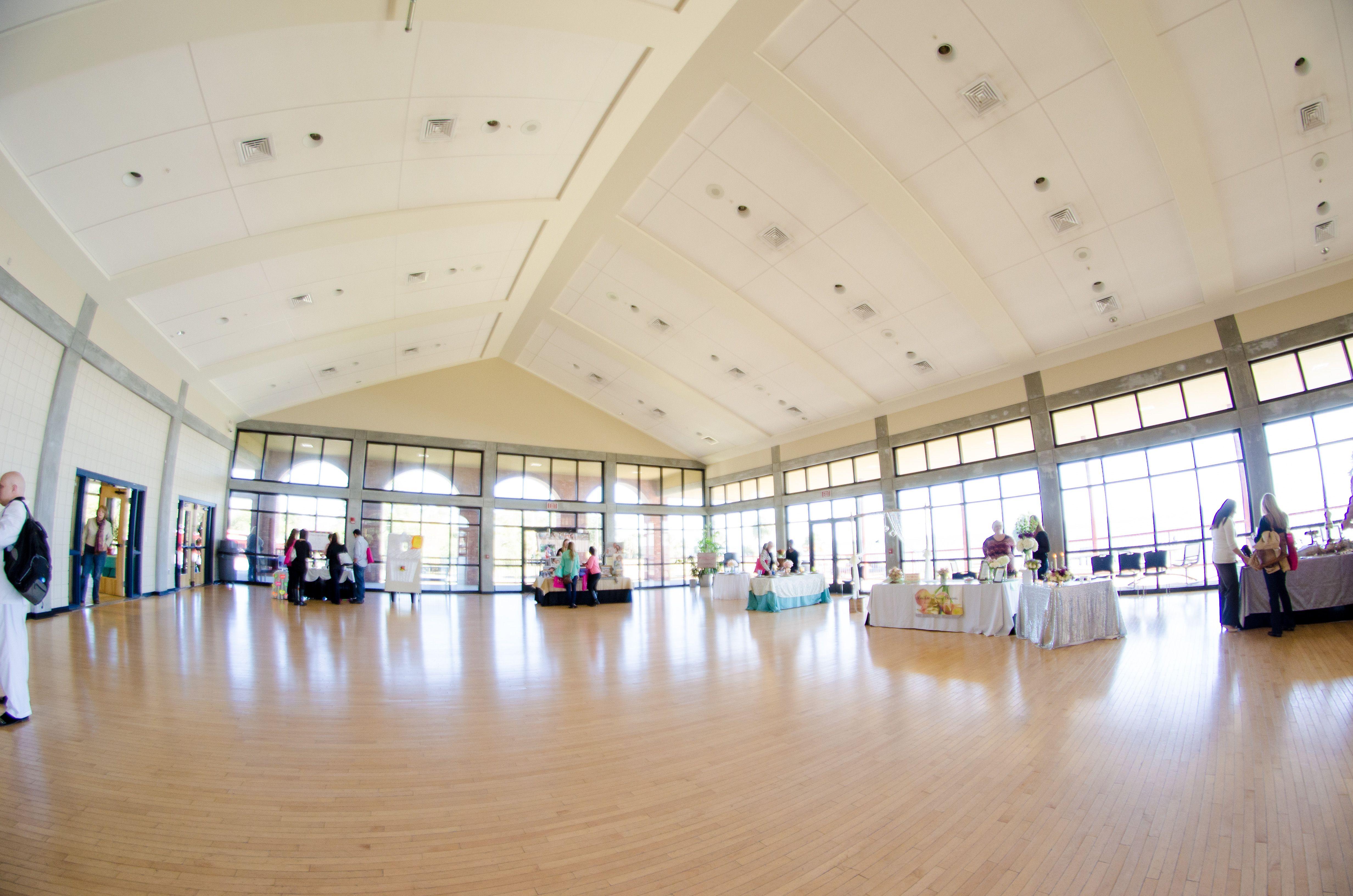 Barkley House Pensacola Crowne Plaza Garden Center New World Landing