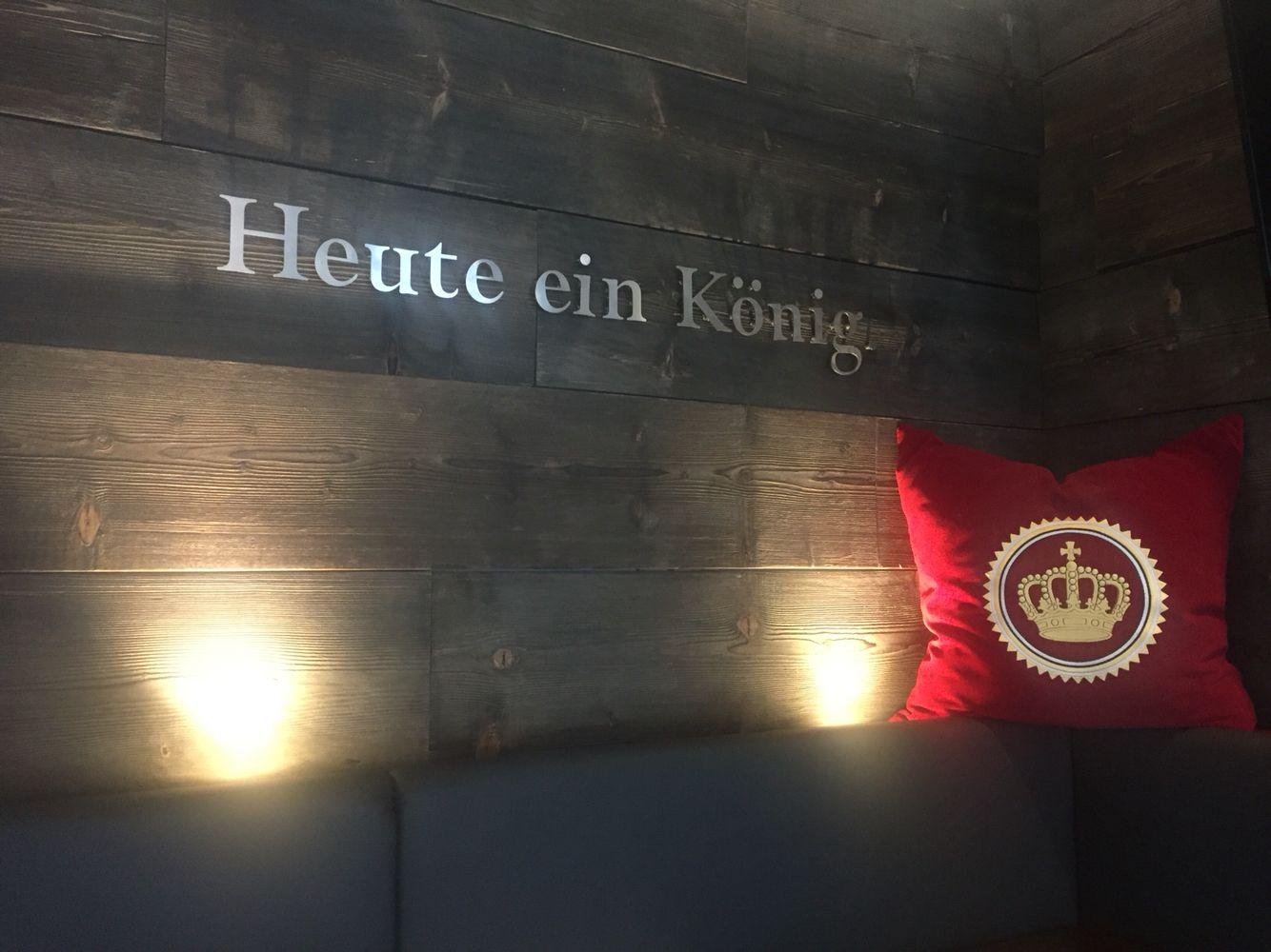 König Pilsener Lounge in Duisburg Beeck.   König Pilsener ...