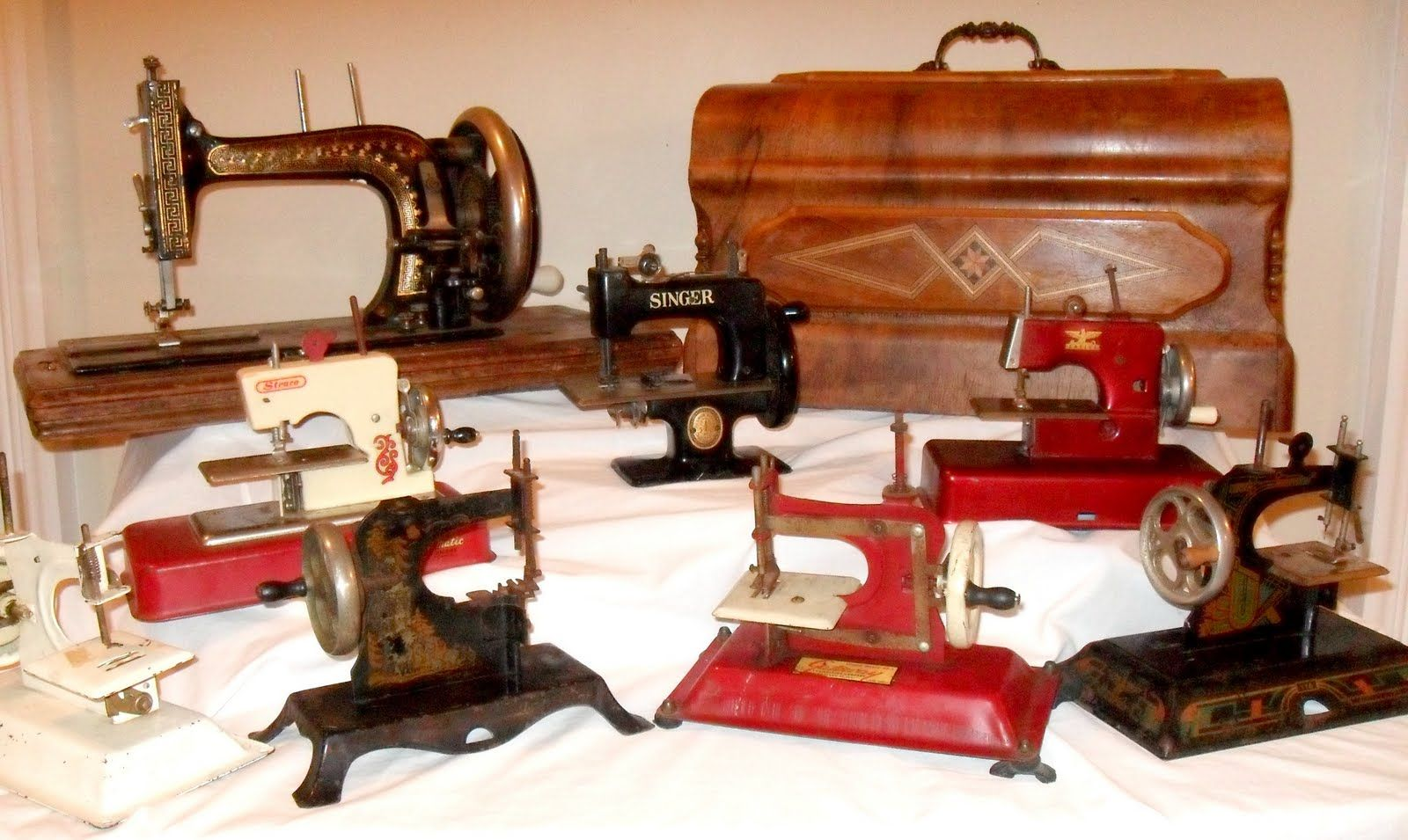 A display of variety sewing machines.
