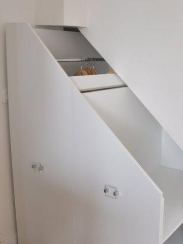 Un Rangement Sur Mesure Sous L Escalier Meuble Sous Escalier