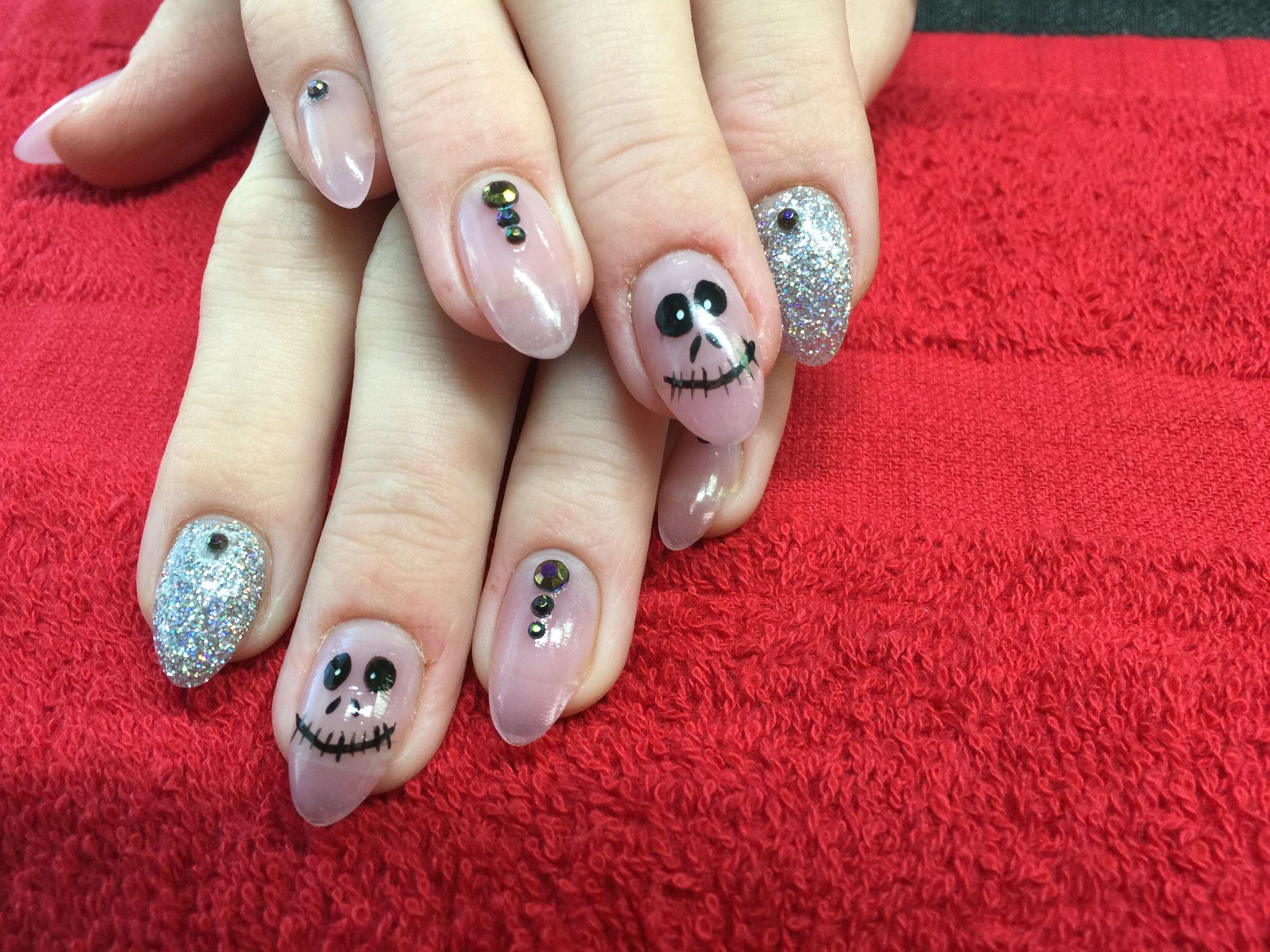 alchemystudio20 Jack Skeleton Nails #halloween #nails #glitter #jack ...