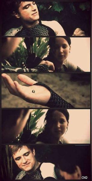 la perla que le regalo Peeta , su mayor tesoro