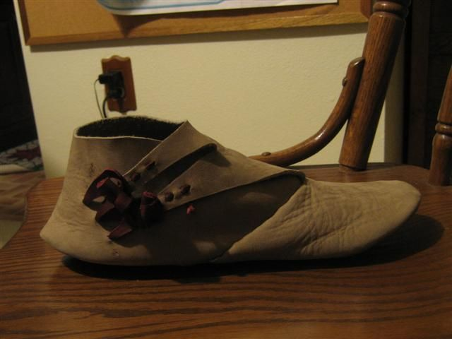 f5c252852c714 DIY Turnshoes (tutorial with lots of pics!), based on Anglo-Saxon ...