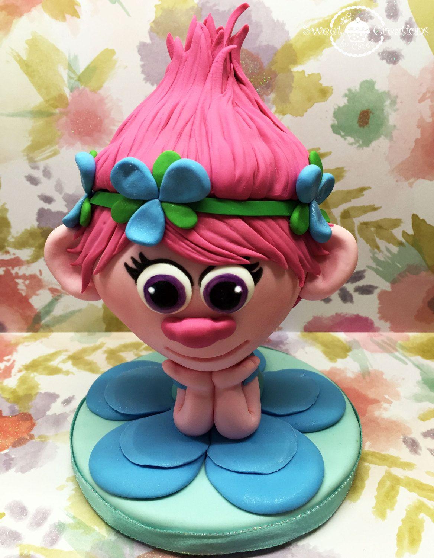 Fondant poppy the movie trolls cake topper fondant