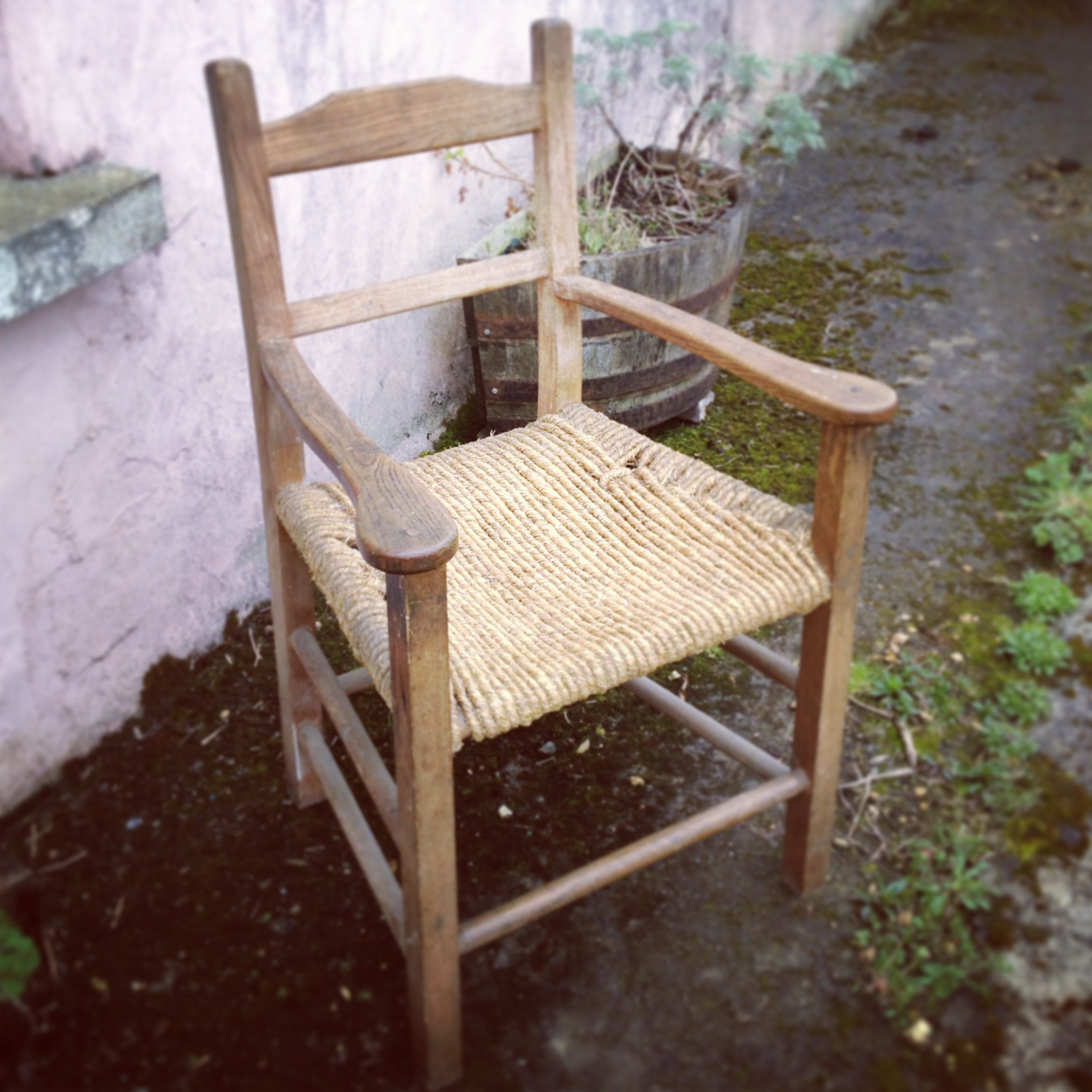 Traditional Irish Súgán Chair with arms. Made by students