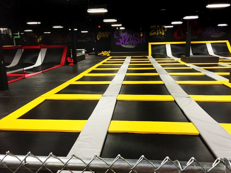 House of Boom Extreme Air Sports Trampoline park, Air