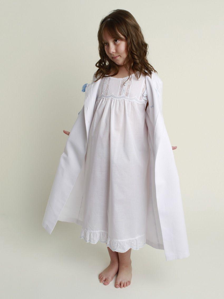 Pin de EsTeFaNy Ribon🌻 en Pijamas niñas   Pinterest   Camison niña ...