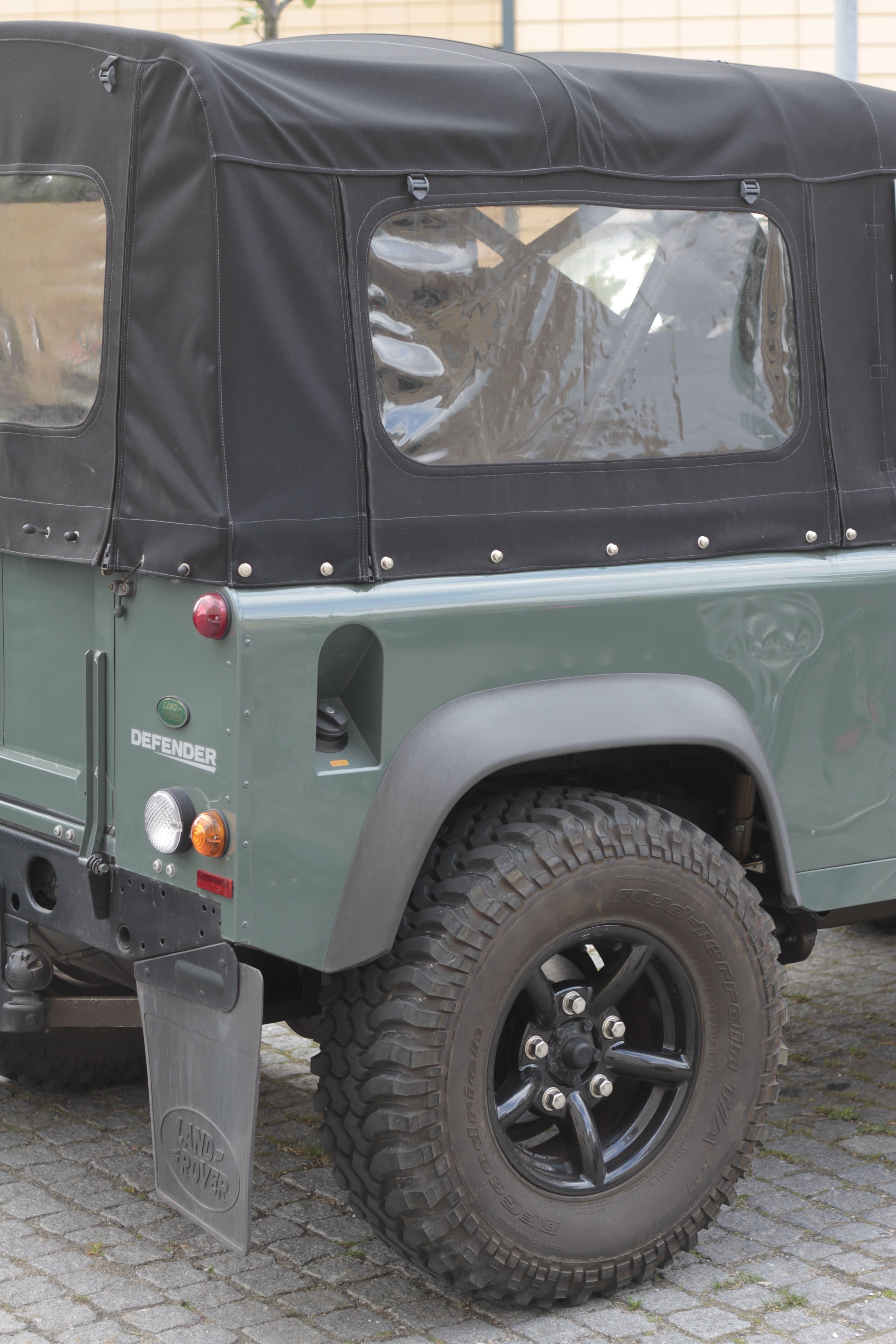 google roll land sale defender refurbished for search top landrover pin cage rover defenders soft