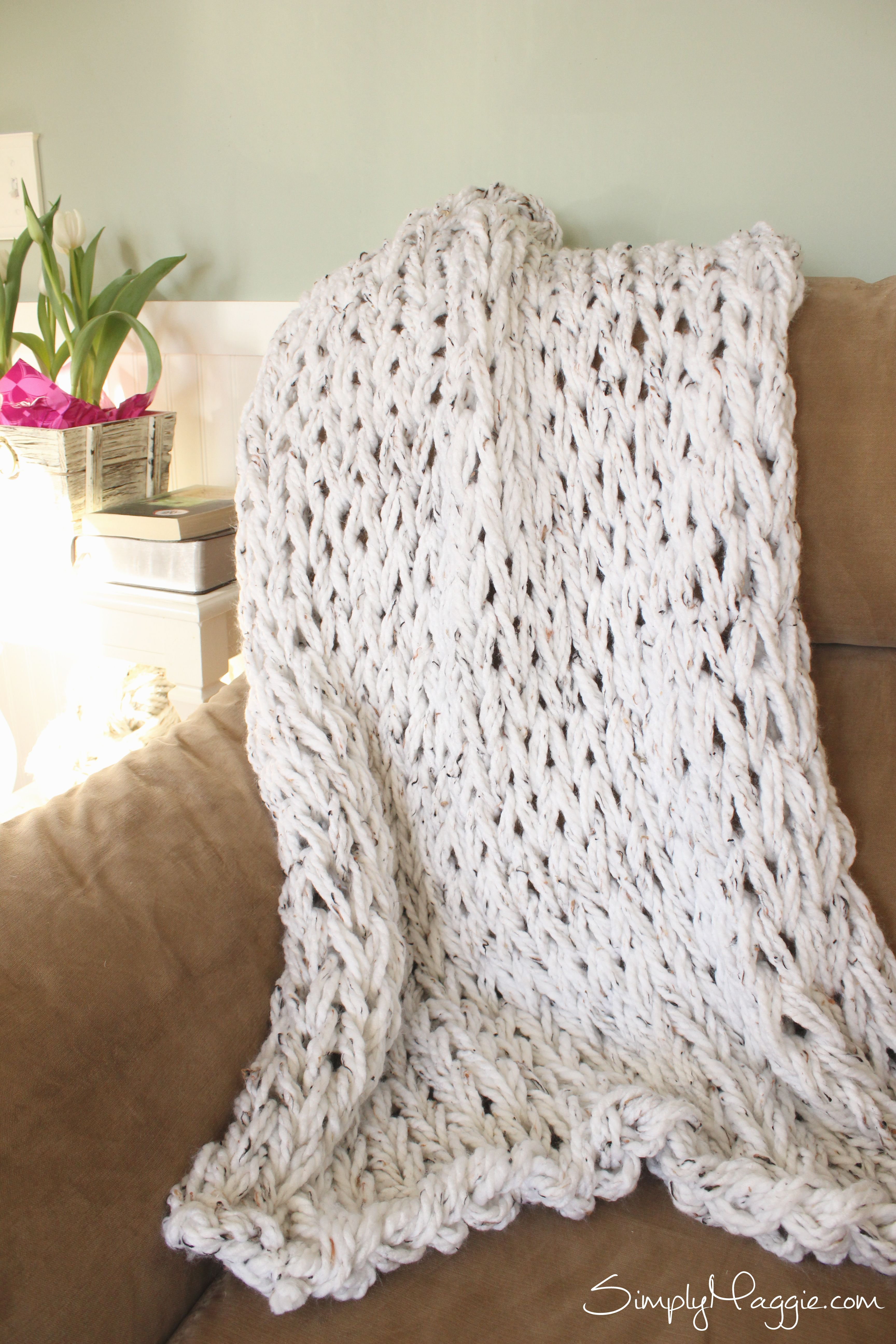 Knit a Blanket in 1 Hour with Simply Maggie   Home Decor   Pinterest ...