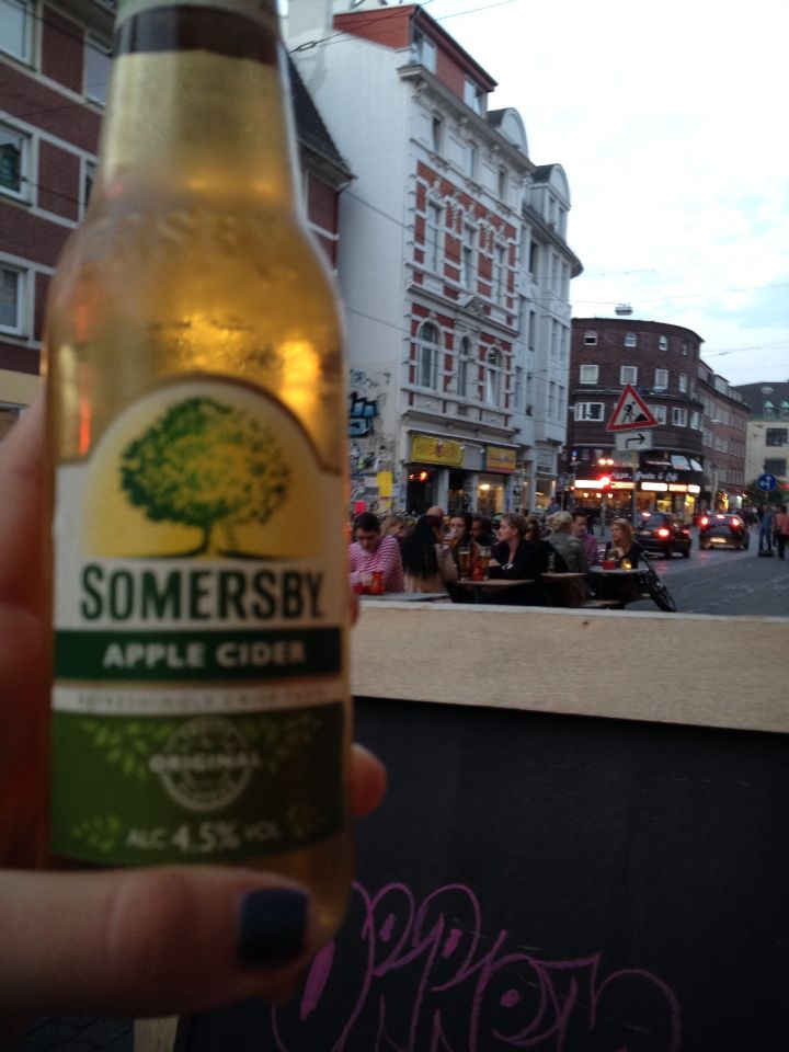 At Wohnzimmer Bar in Bremen you can find this great refreshing Cider Placed in the Viertel you
