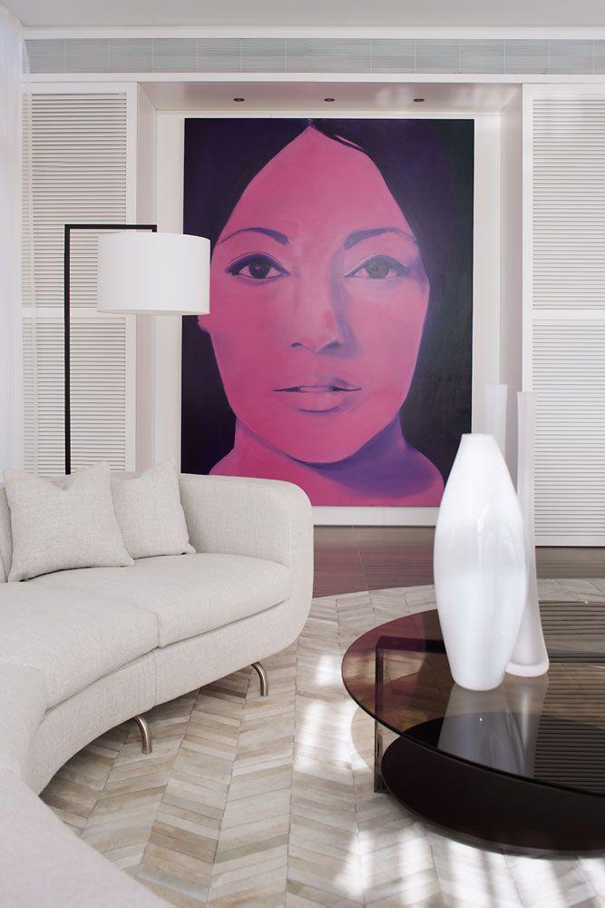 El cuadro es un imán... Residence on the Esplanade. Interior design by Munge Leung.