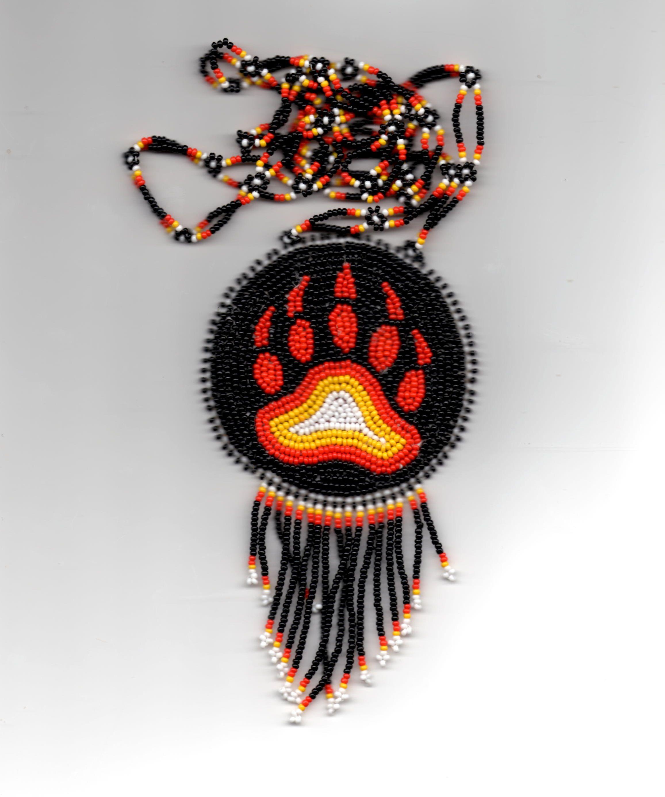 Native american beadwork bear paw native americans native american animal buycottarizona Image collections
