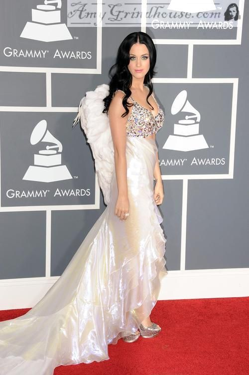 Katy Perry And Wings 3 Dresses White Dress Katy Perry