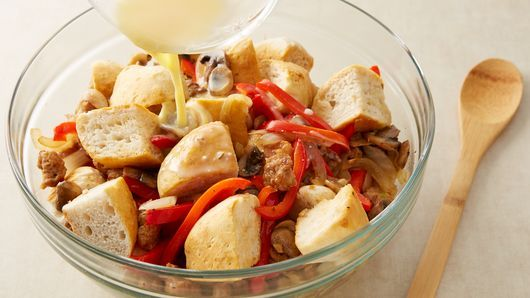 Mushrooms and red bell pepper are nestled in an Italian sausage and biscuit mixture.  Just add fresh fruit or a tossed salad for a delicious brunch or dinner.