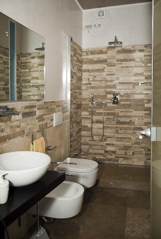 Bagno in mosaico di travertino srips ideas for the - Striscia di mosaico in bagno ...