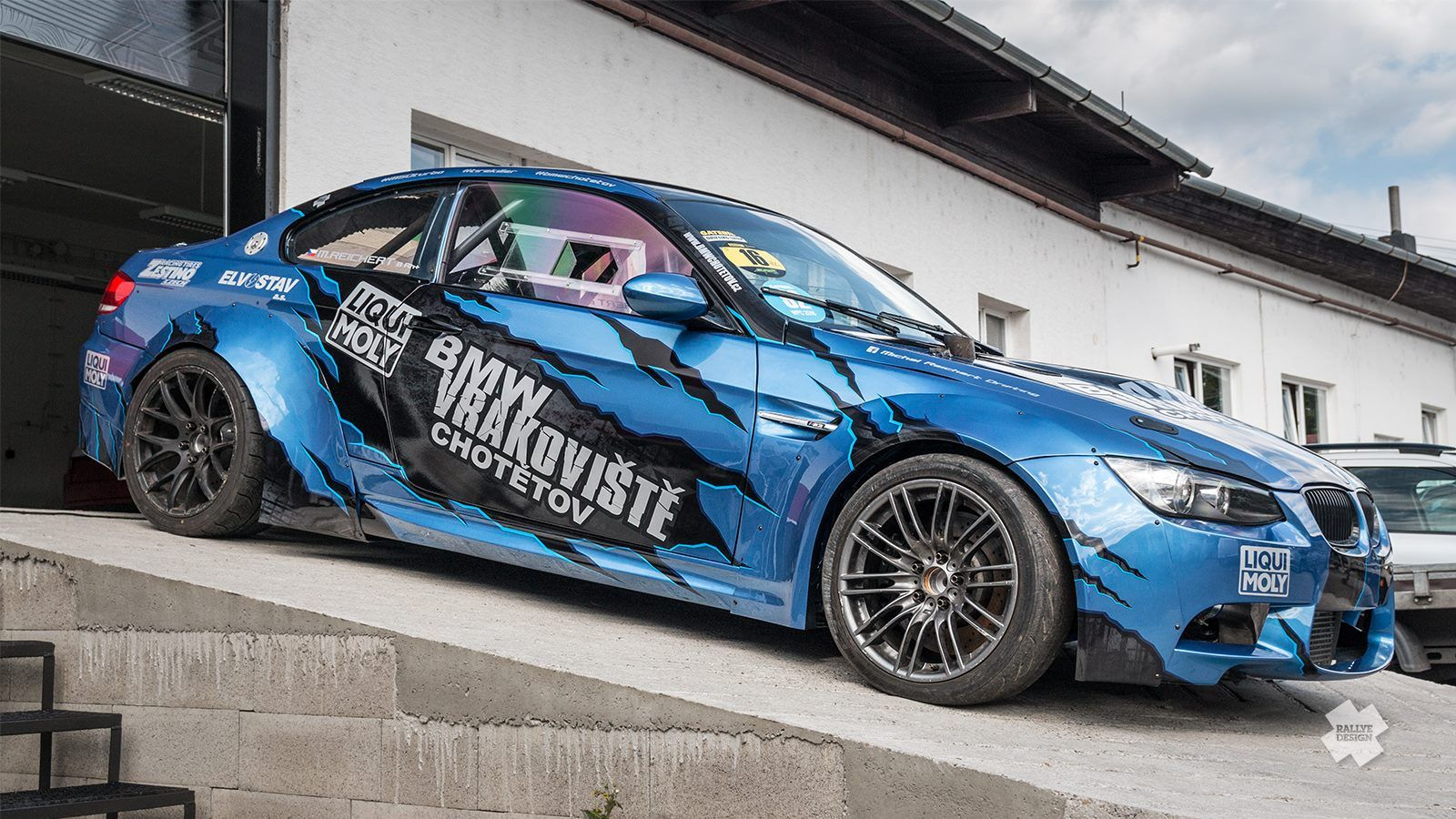 Exceptional Design For Michal Reichert Drifting And His BMW M3 E92 By Rallye Design