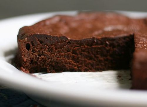 """Chocolate Valentino (flourless). """"It looks mouth-watering and tasted incredibly indulgent...If you have an anniversary or birthday coming up, this is the cake for you."""""""