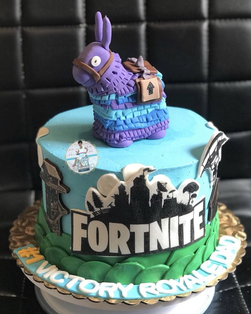 Pin by Coco Herrera on Damian's Party Map cake, Roblox