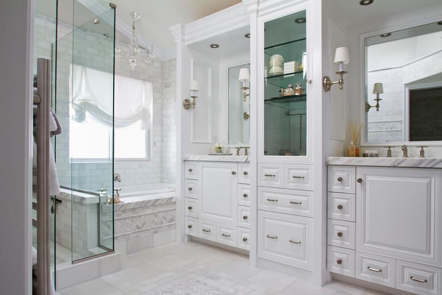 1000+ images about White Bathrooms on Pinterest | Classic bathroom ...