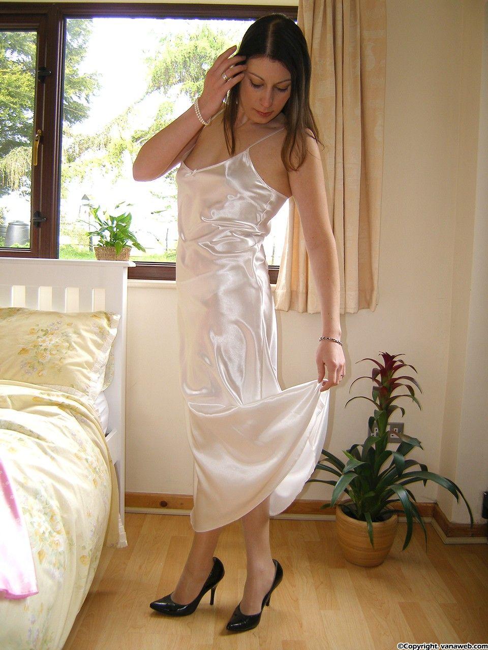 cc13c0e096e6 Pin by Tall Paul on VanaWeb (Satin/Slips)   Satin slip, Satin, Dresses