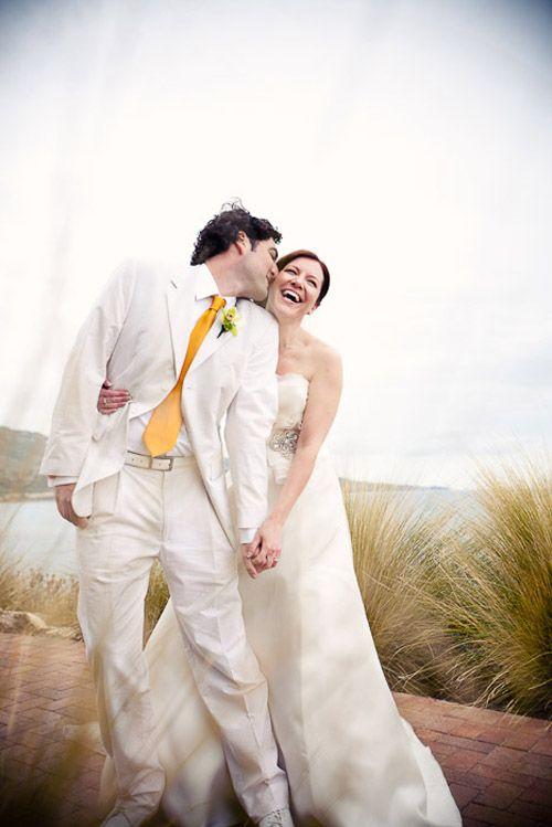 обои свадебные фото жених в белом еще помогают