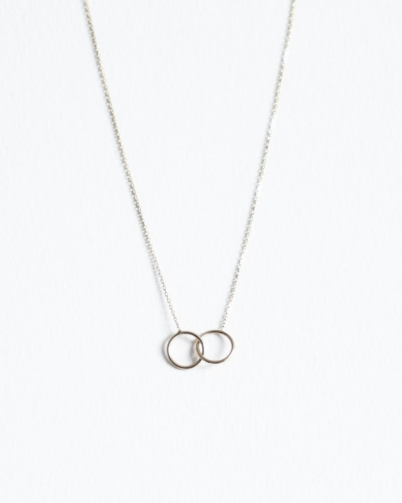 Ready To Ship Friendship Gift Unity Link Necklace Gifs For Etsy Link Necklace Interlocking Circle Necklace Shop Necklaces
