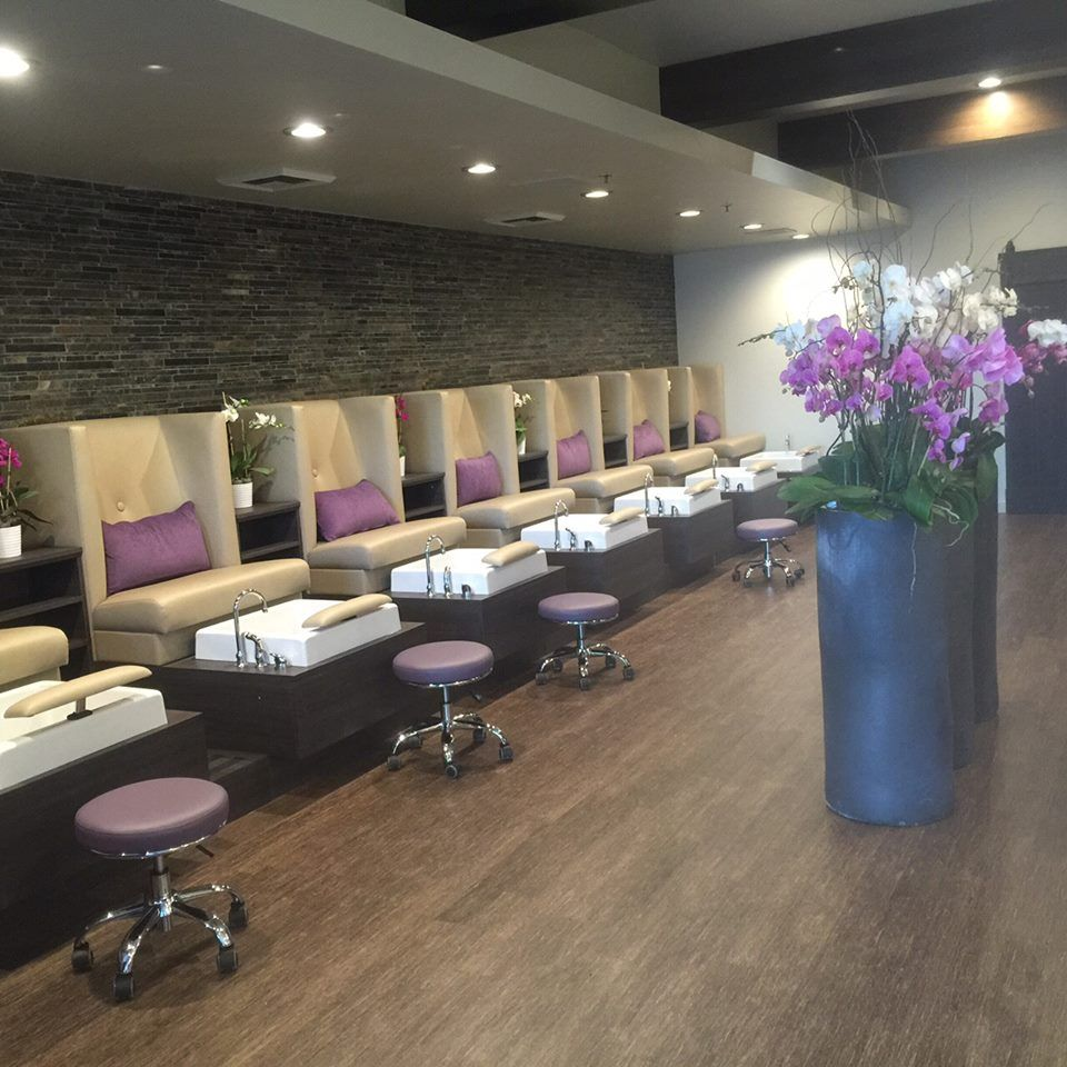 stella pedicure chairs installed in gloss y nail salon