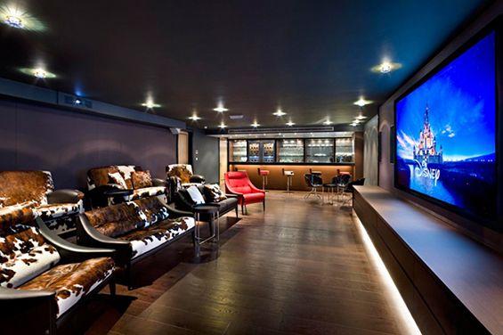 Zockerzimmer gestalten  Amazing Home Cinema Designs - http://www.amazinginteriordesign.com ...