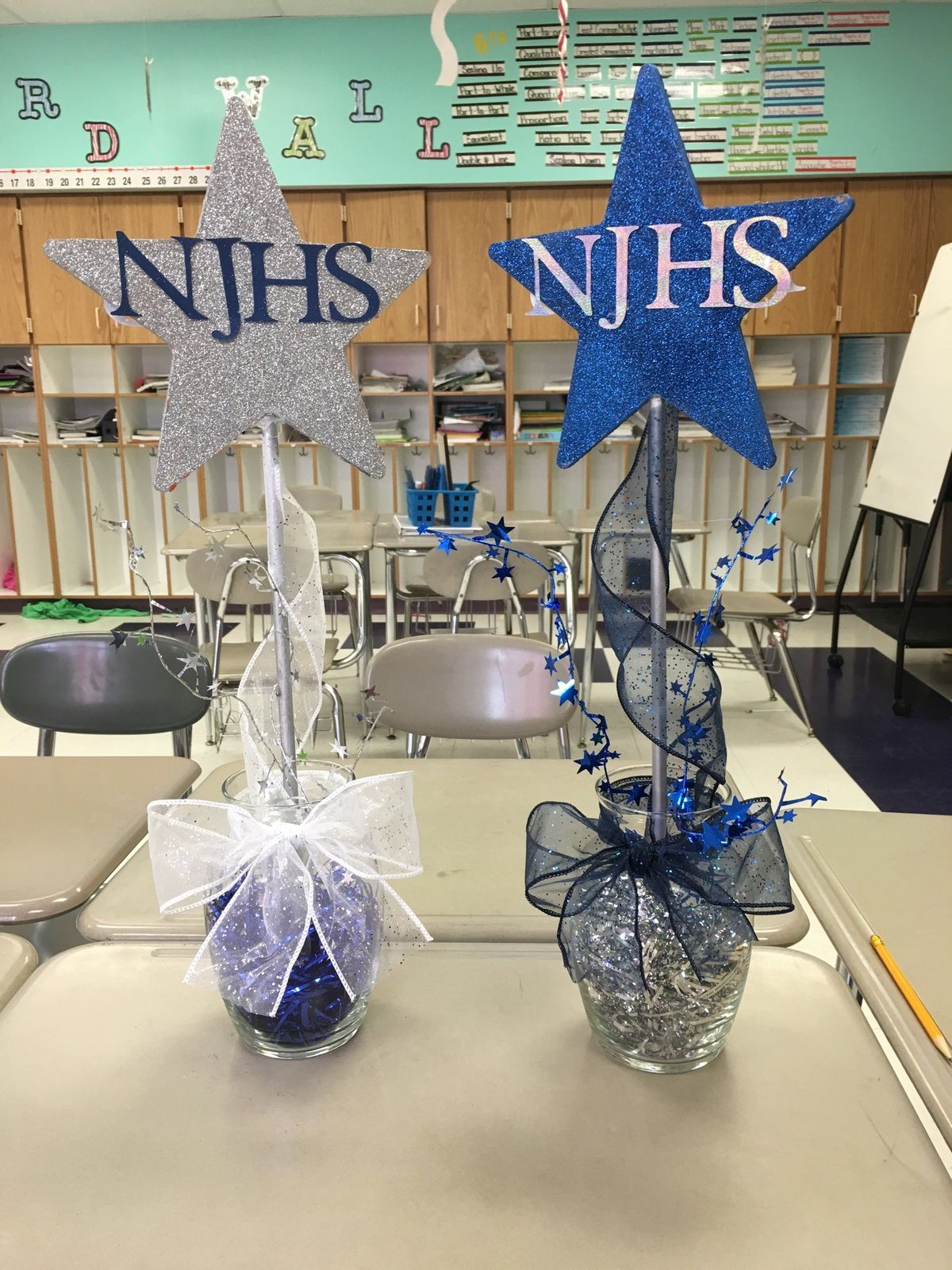 Centerpieces for NJHS induction ceremony … | umw christmas ...