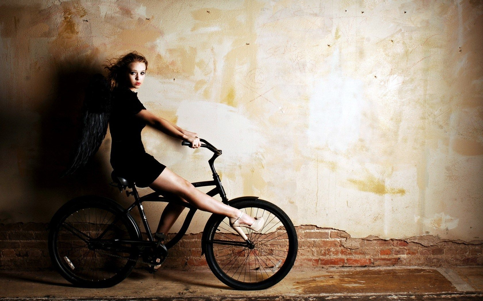 Girl In Black Bicycle Hd Wallpaper Black Bicycle Bicycle