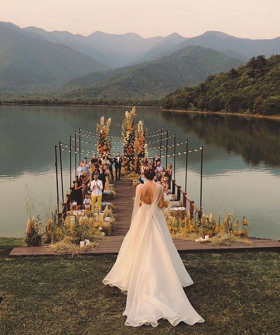 Lake Wedding Ideas: Pin By Bridalwish On Inspirational Wedding Ideas In 2020