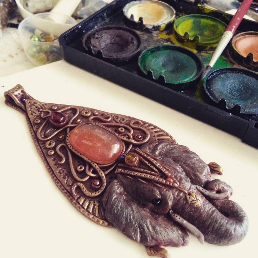 Finishing my Hindu pendant with elephant. One of my favs and the most complex pieces I've made so far :) #hindu #handmade #elephant #jewelry #handmadejewelry #polymerclayart #ooak #art #spiritual #fantasy #oriental