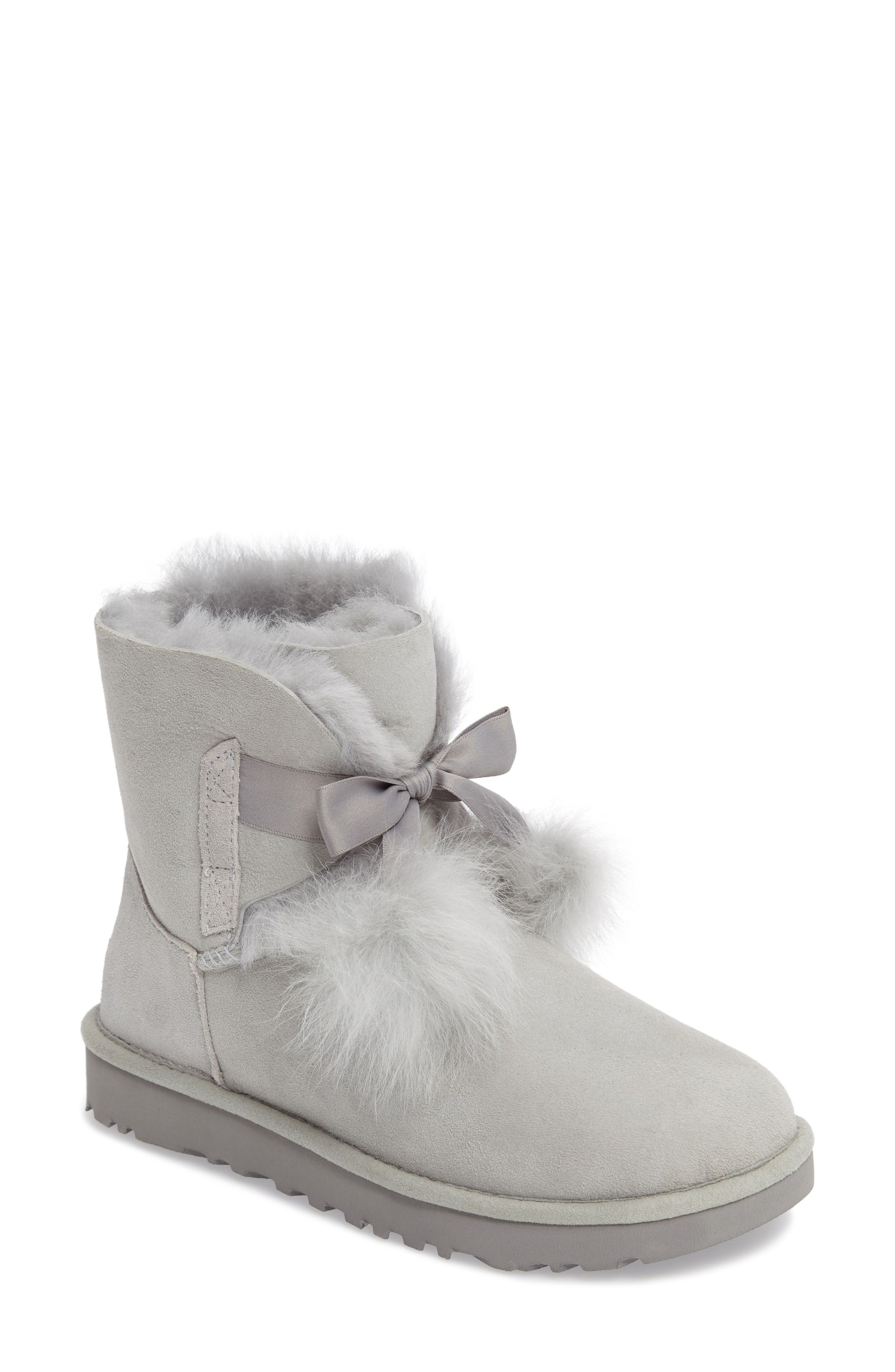 a714d35282e 2018 Holiday Gifts For Women | On My Shopping List | Ugg boots, Uggs ...