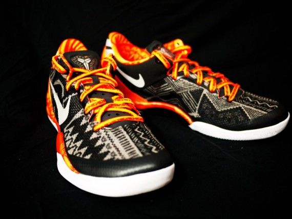new product 3a5f2 55b57 Womens Kobe 8 BHM Anthracite Pure Platinum Sport Grey 586774 846
