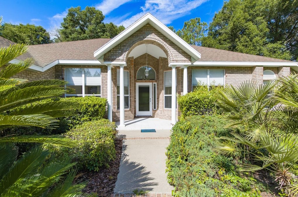 Beautiful Brick Home For Sale in Newberry, FL!! Outdoor