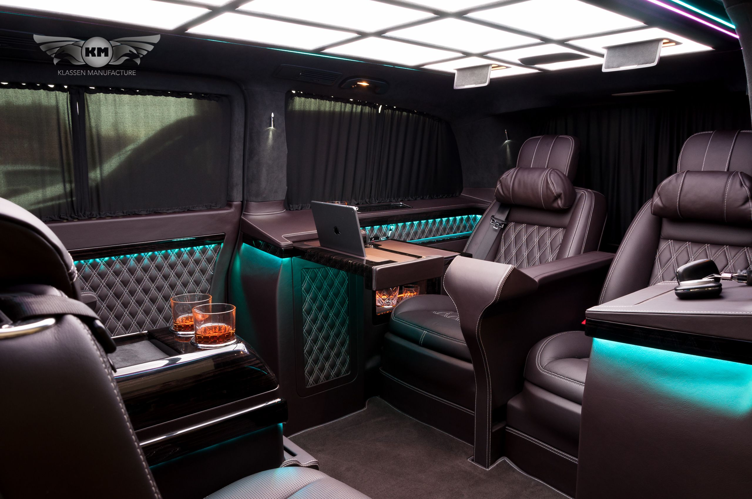 new mercedes benz v class v250 with exclusive business interior vip van luxury mercedesbenz. Black Bedroom Furniture Sets. Home Design Ideas