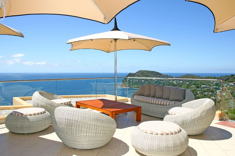 Jonah's Whale Beach is one of Australia's most luxurious ocean retreats and one of only two Relais & Chateaux hotels in NSW – the most prestigious hotel association in the world.