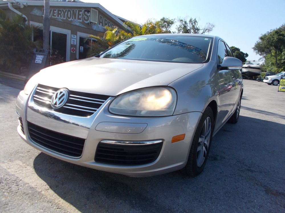 Trustworthy and worryfree, this Used 2005 Volkswagen