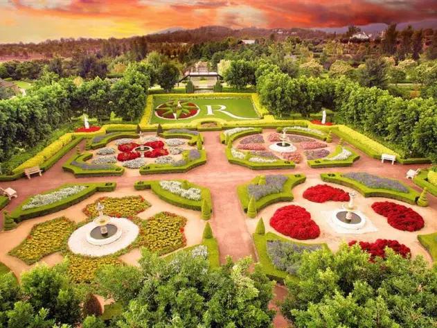 bea6a22e44681a823e19cbddf241d2f4 - In Search Of Paradise Great Gardens Of The World