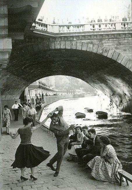 En images : à quoi ressemblait Paris de 1900 à 1960 ?