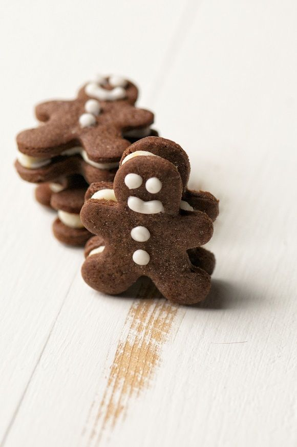 mini chocolate gingerbread sandwich cookies