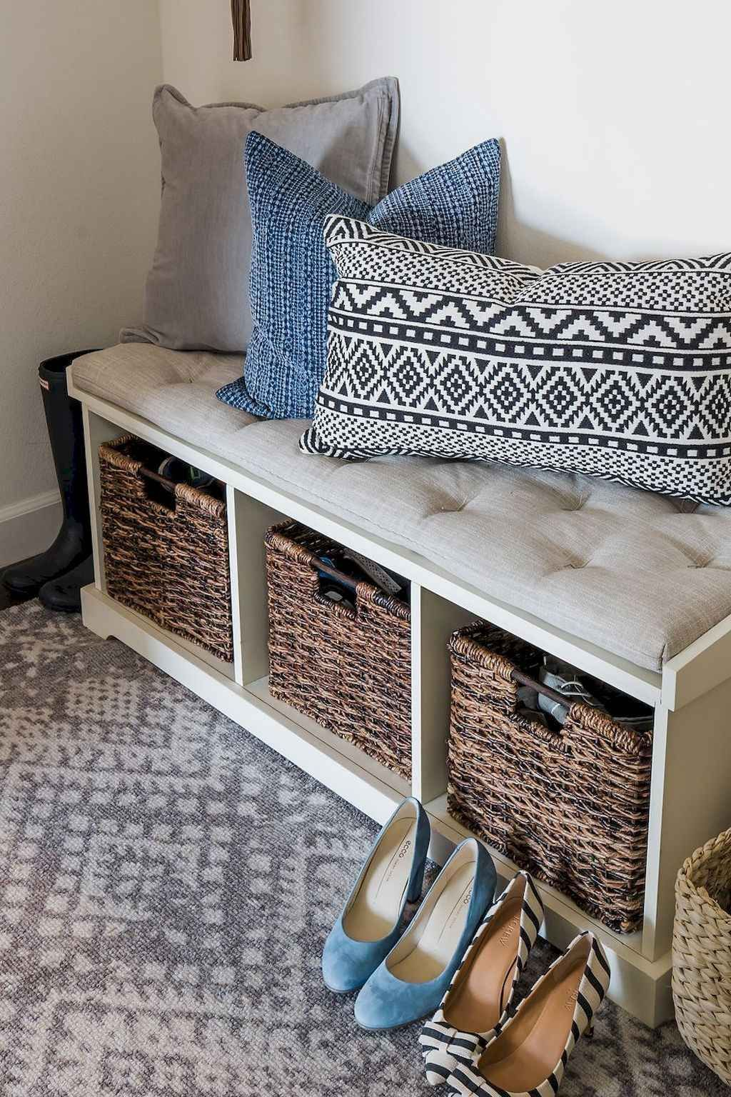 75 Diy Eingangsbereich Mudroom Bench Makeover Ideen Bench Diy Eingangsbereich Ideen Makeove In 2020 Bench With Shoe Storage Diy Storage Bench Pottery Barn Entryway