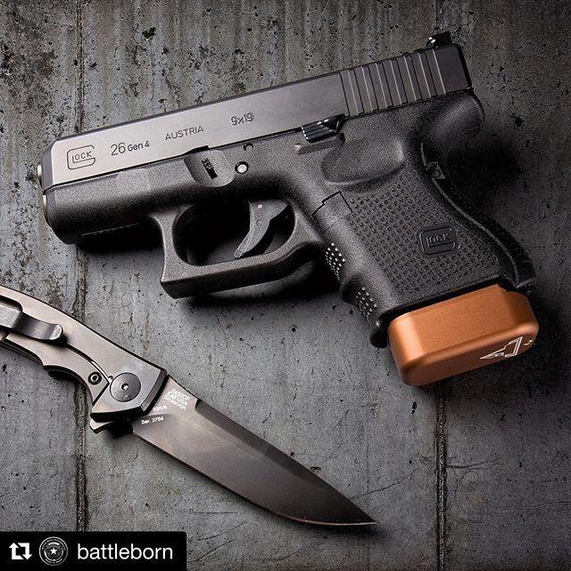 @glockinc & @ztknives with @tarantactical - it doesn't get much better! #repost Glock 26 with @tarantactical base pad and @ztknives #ZT0450CF Sinkevich KVT - - - #concealedcarry #opencarry #2a #2ndamendment  #firearms #firearm #reno  #nevada #igmilitia #weaponsdaily #gunporn #gunsdaily #gunfanatics  #murica #merica #gunsinc #glock #glock26