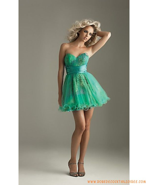 Belle robe de soiree courte