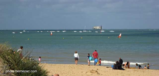 Plage aux Coquillages beach, Aix island, Charente-Maritime