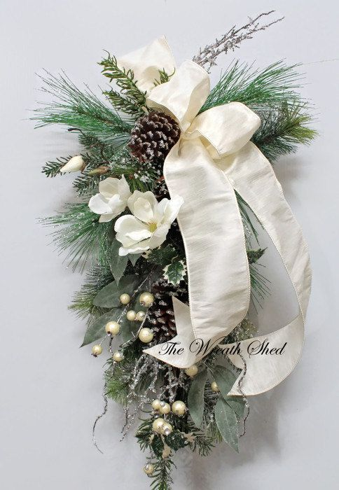 "32"" Christmas Swag, Holiday Swag, White Magnolias, Teardrop Swag, Christmas…"