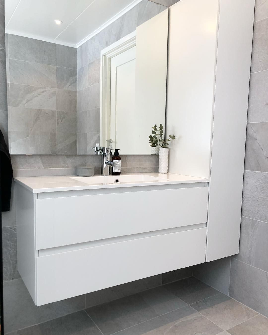 Isabella On Instagram F R I Y A Y Badrumsinspo Badrum Inspohome Inredningsinspo Inr In 2020 Washroom Design Bathroom Inspiration Modern Bathroom Interior